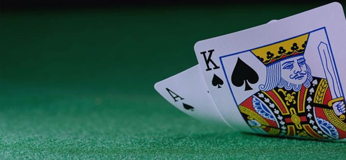 Reasons to play poker games on the internet